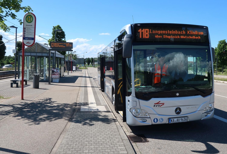 Haltestelle Zündhüte - Bus 118 zur SRH Klinik Karlsbad